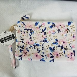 Under One Sky The Perfect Wristlet NWT